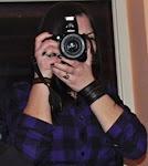 """""""Când fac o fotografie, imortalizez zece procente din ceea ce văd."""" (A. Leibovitz)"""
