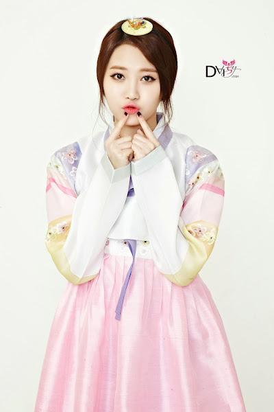 Girl's Day Yura Lunar 2014 Hanbok