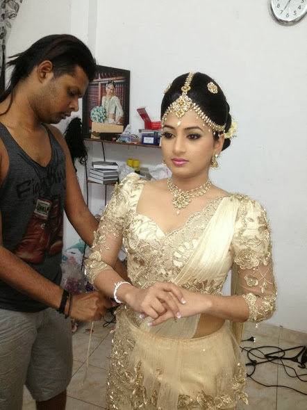 Sheshadri Priyasad Wedding Photo | SL-MIRROR -CATEGORIES DOWNLOAD