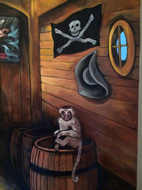 pirate mural, pirate ship mural, treasure chest, pin up mural, pirate pin up, pirates of the carribean mural