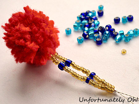 necklace with pompoms