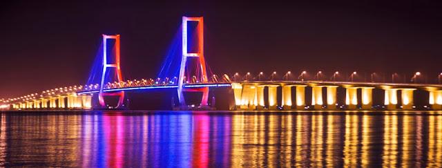 Jembatan Suramadu Tempat Wisata di Surabaya