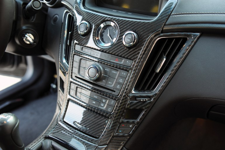hydro-carbons.blogspot.com-Hennessey's 1,226-BHP-Cadillac-CTS-VR1200 - a performance-tuned-Cadillac CTS-V-interior