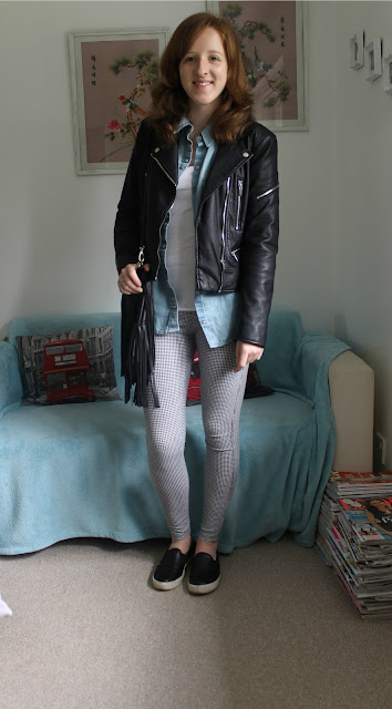 OOTD: New Denim Shirt and Leggings fashion blogger Topshop Zara H&M blog
