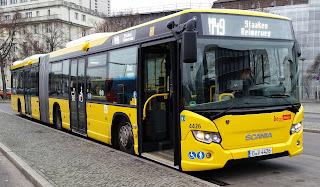 Bus: Mitfahren in Überlänge – BVG nimmt 17 neue Busse in Betrieb Die Berliner Verkehrsbetriebe stocken ihre Bus-Flotte auf: Die ersten Scania-Gelenkbusse sind jetzt im Linienbetrieb unterwegs. Ein neuer Doppeldecker und Elektrobusse werden ab Januar 2015 getestet., aus Berliner Morgenpost