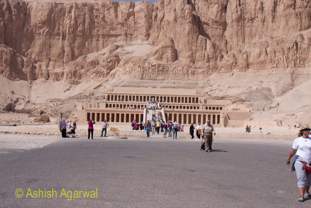 Large open space in front of the Hatshepsut mortuary temple at Deir el Bahari