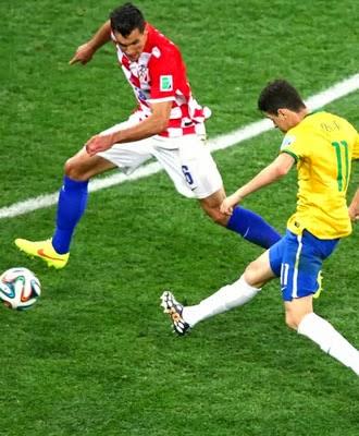 Com dois gols de Neymar e um de Oscar a seleção brasileira bateu a Croácia na Arena Corinthians