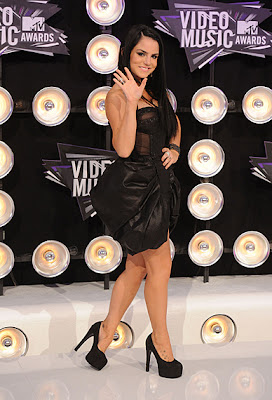 10 Best Fashion at MTV VMA 2011: Jojo