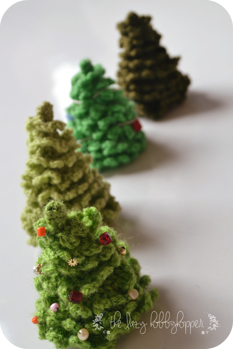 Crochet Pattern For Xmas Tree : The Lazy Hobbyhopper: Crochet Christmas Tree - free pattern