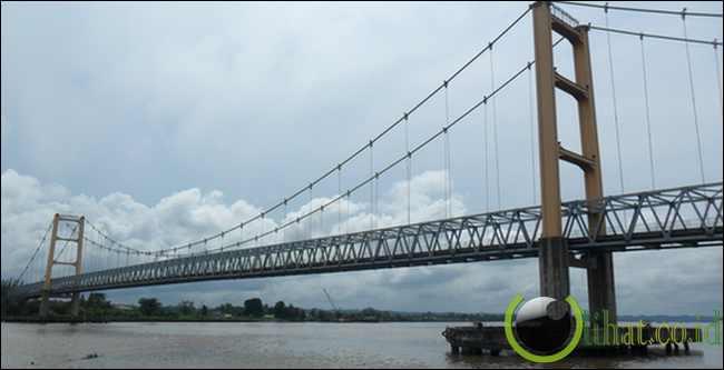 Jembatan Kutai Kartanegara (580 Meter)