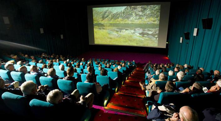 Fliegenfischermania rise film festival gr tes for Fly fishing film festival