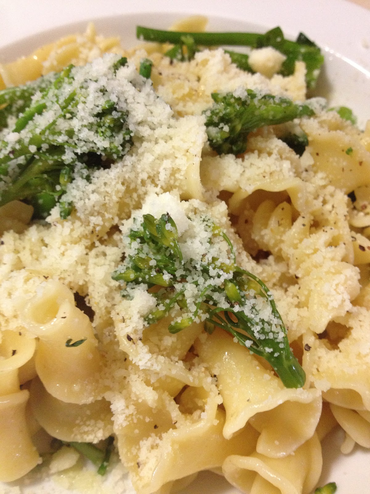 Con mucho gusto mario campanelle con broccolini - Con mucho gusto ...