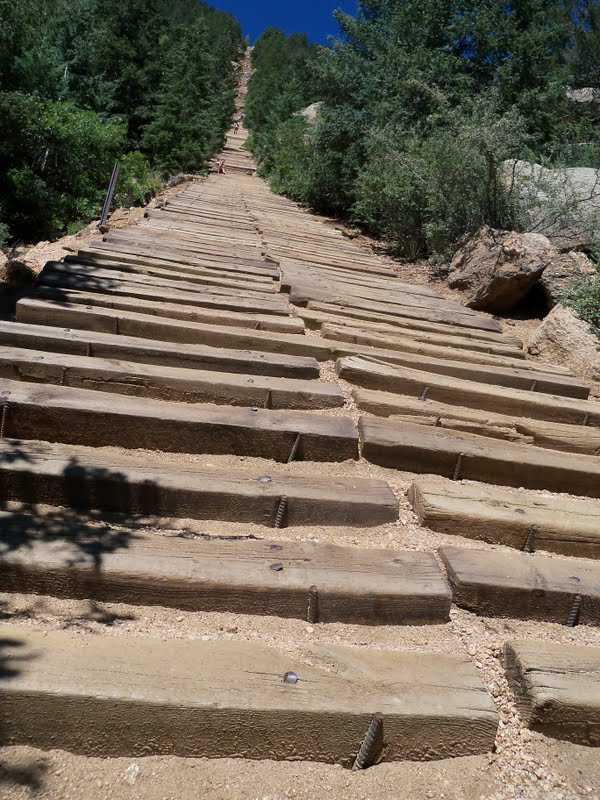 Trail And Park Reviews: The Manitou Incline; Colorado Springs   One Of The  Most Intense Trails I Have Hiked.