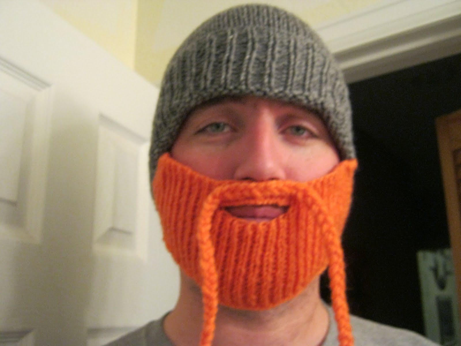Knittens: Mountain Man bearded cap
