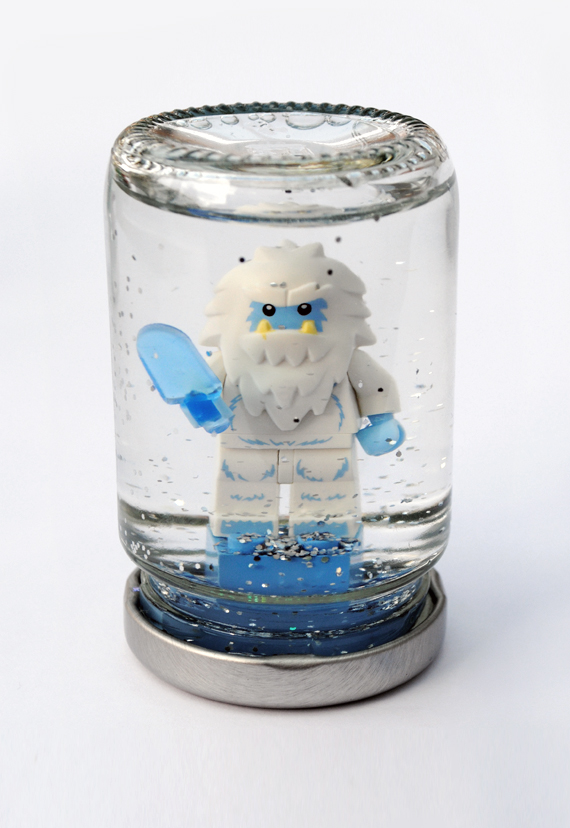 http://www.minieco.co.uk/lego-snowglobes/