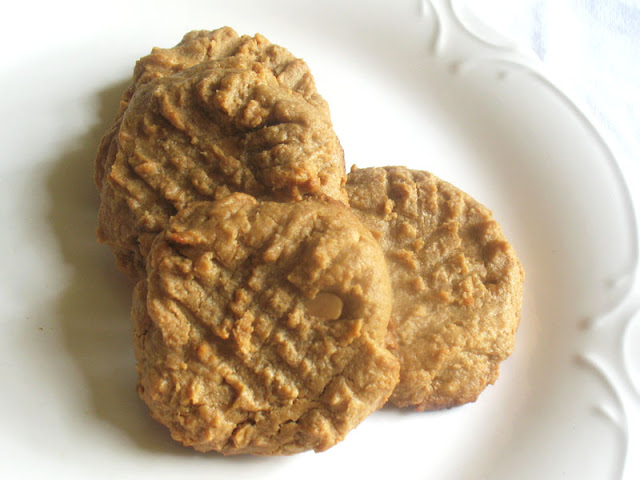 flourless almost raw peanut butter cookies