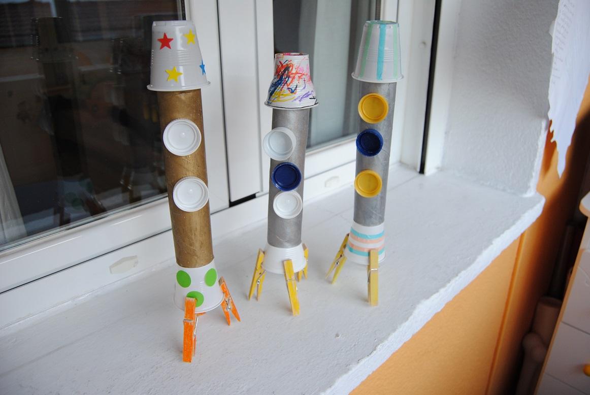 Trastadas de Mamá: Cohetes con materiales reciclados