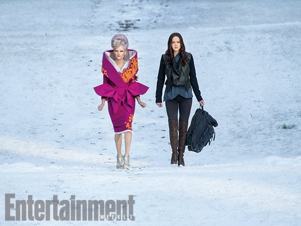 effie katniss mockingjay part 2 still
