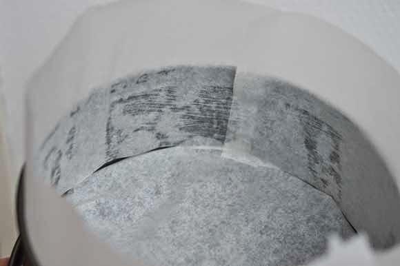 Bakvorm verhogen om hoge cake te bakken