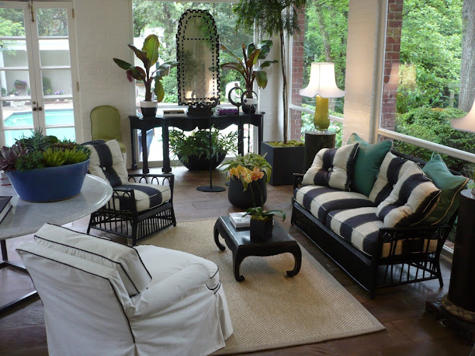 #2 Outdoor Living Room Ideas