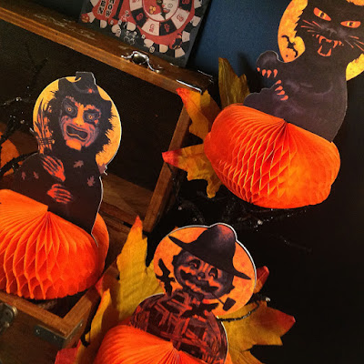 Close-up of small-edition run by Bindlegrim of Halloween paper decorations created for the Halloween Trunk Show 10.