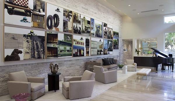 ide dekorasi lukisan dinding ruang tamu modern rancangan