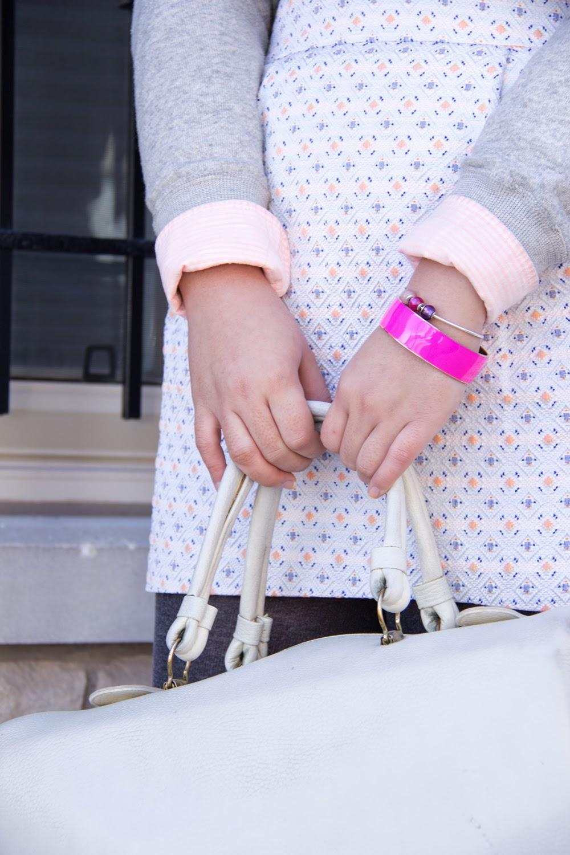 Pastel-Pink, Spring-Street-Style, Grey-Pullover, Mini-Skirt, HM, JCrew, Club-monaco