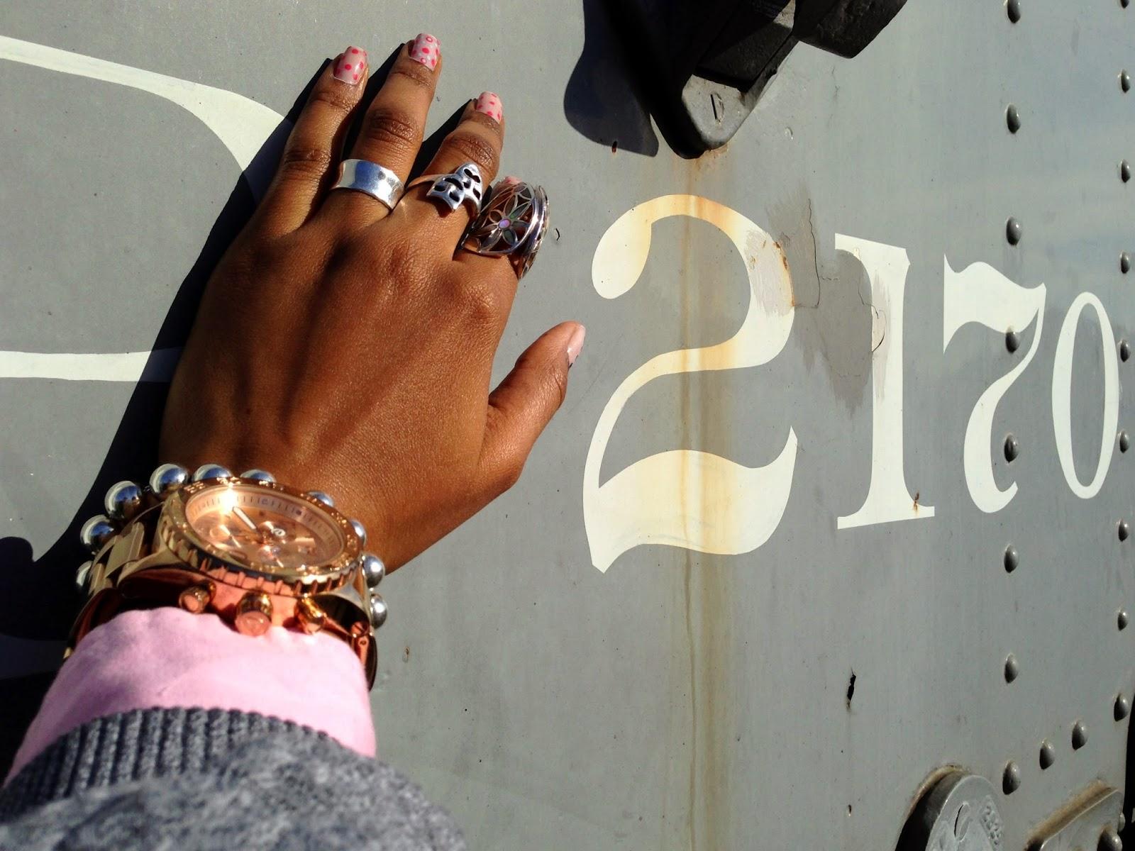 Defining Details accessories Nixon watch Tiffany & Co bracelet DIY nail design