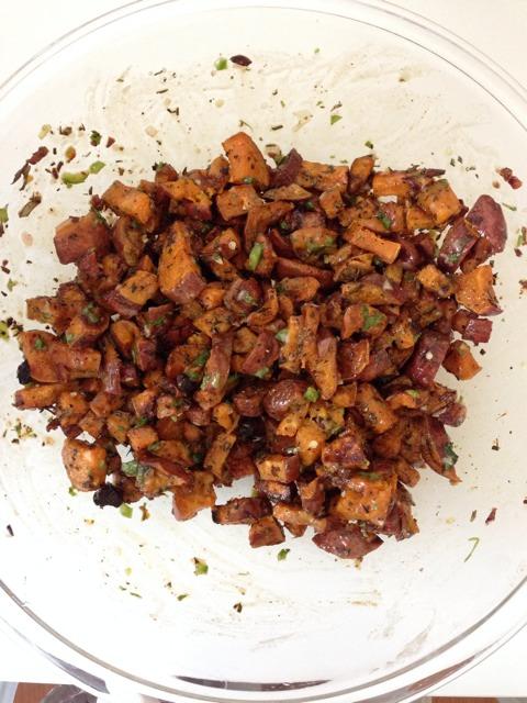 http://imperfectlybalancedbyali.blogspot.com/2014/09/foodie-roasted-sweet-potatoes.html