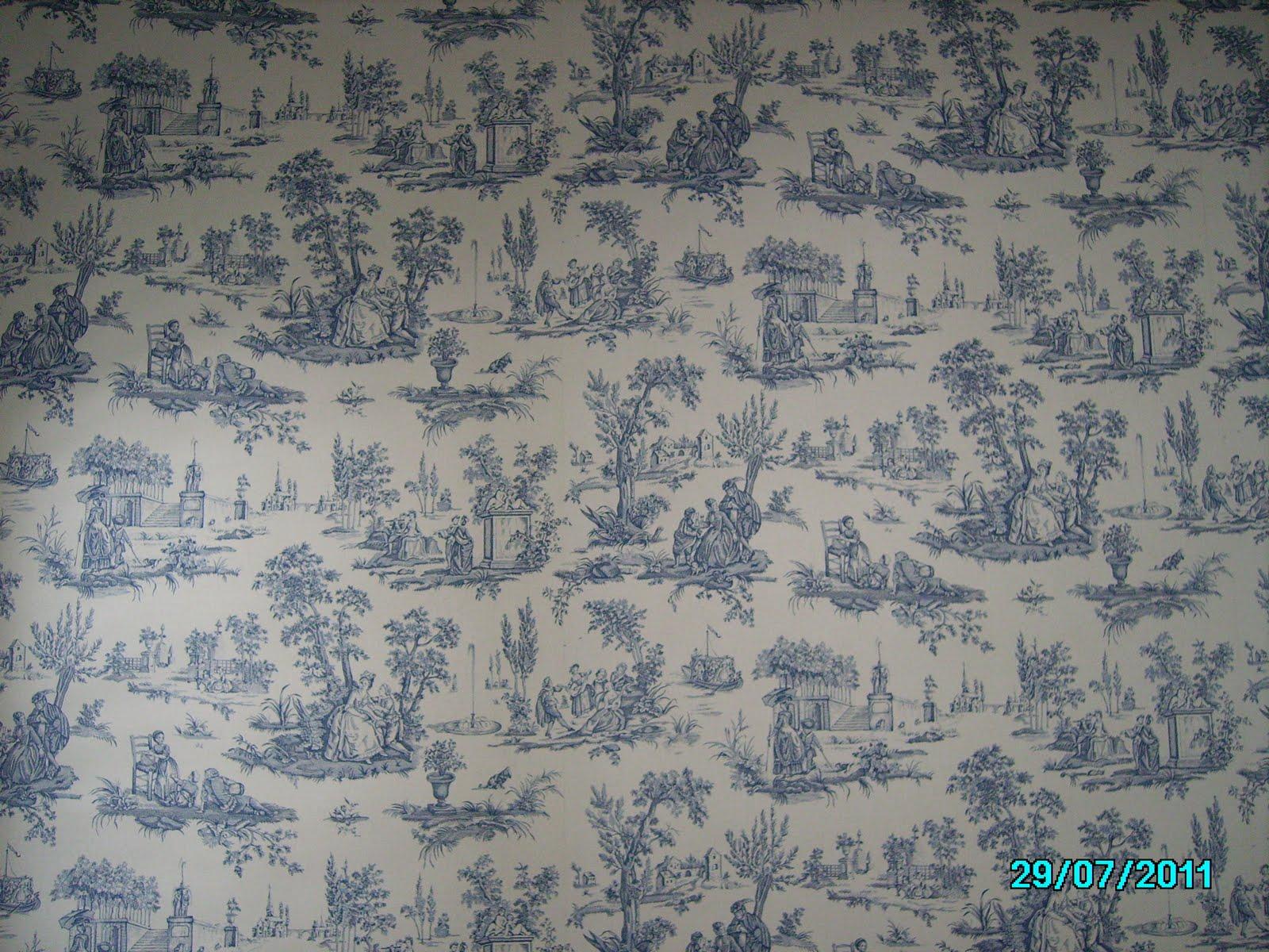 Mural de papel en el cabecero del dormitorio pintura y for Donde venden papel mural