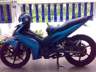 Yamaha Racing JupiterMX Blue Pull.jpg