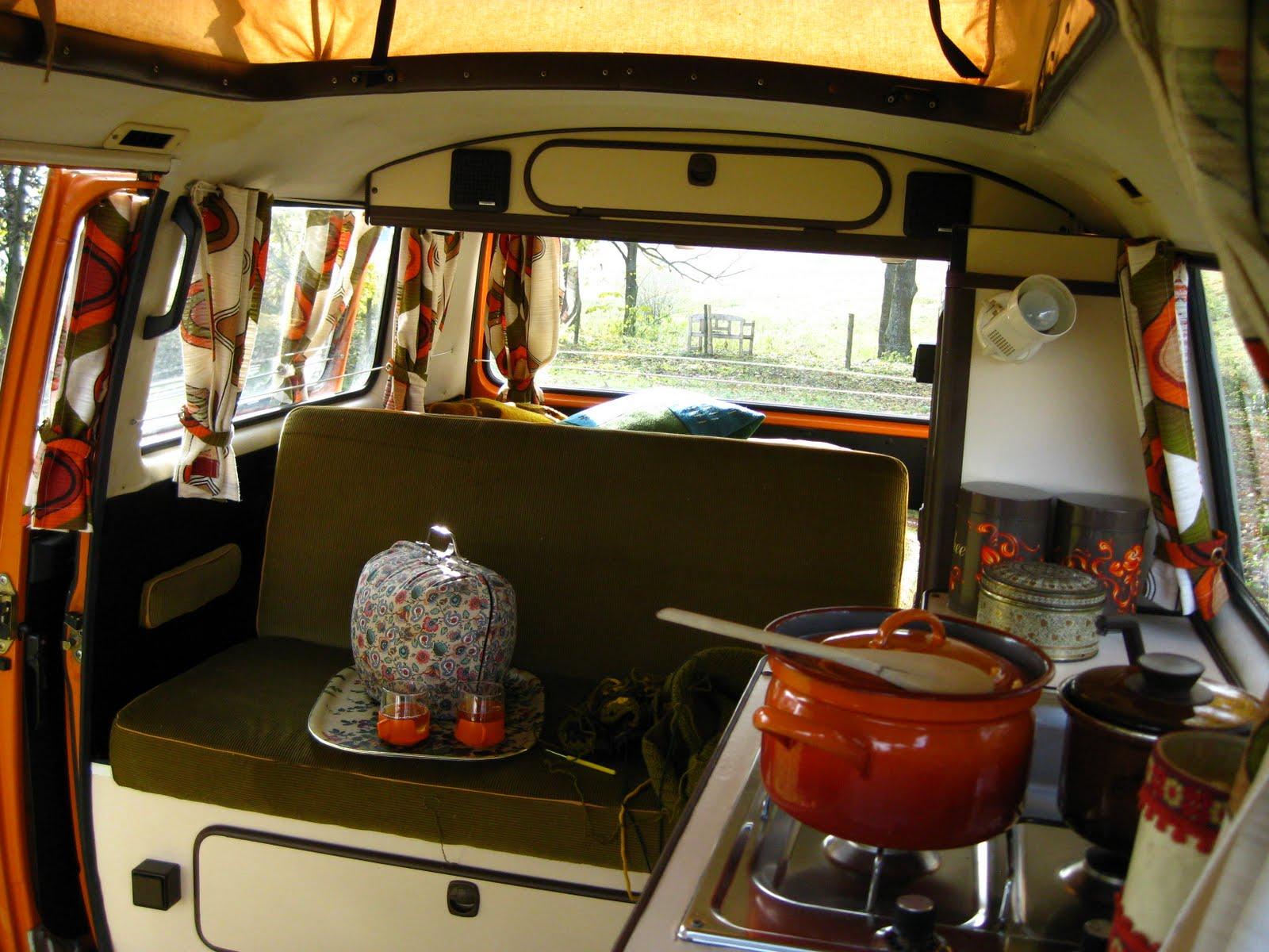 Gasthuis kaliste blog volkswagen t3 camper for Interieur westfalia t3