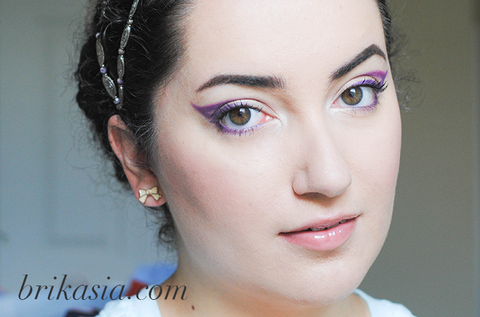 Lupus awareness month, purple makeup look eyeliner