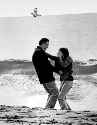http://image.toutlecine.com/photos/b/r/e/breezy-1973-01-g.jpg