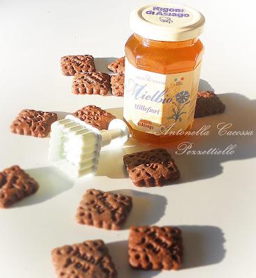 Biscottini al cacao e miele