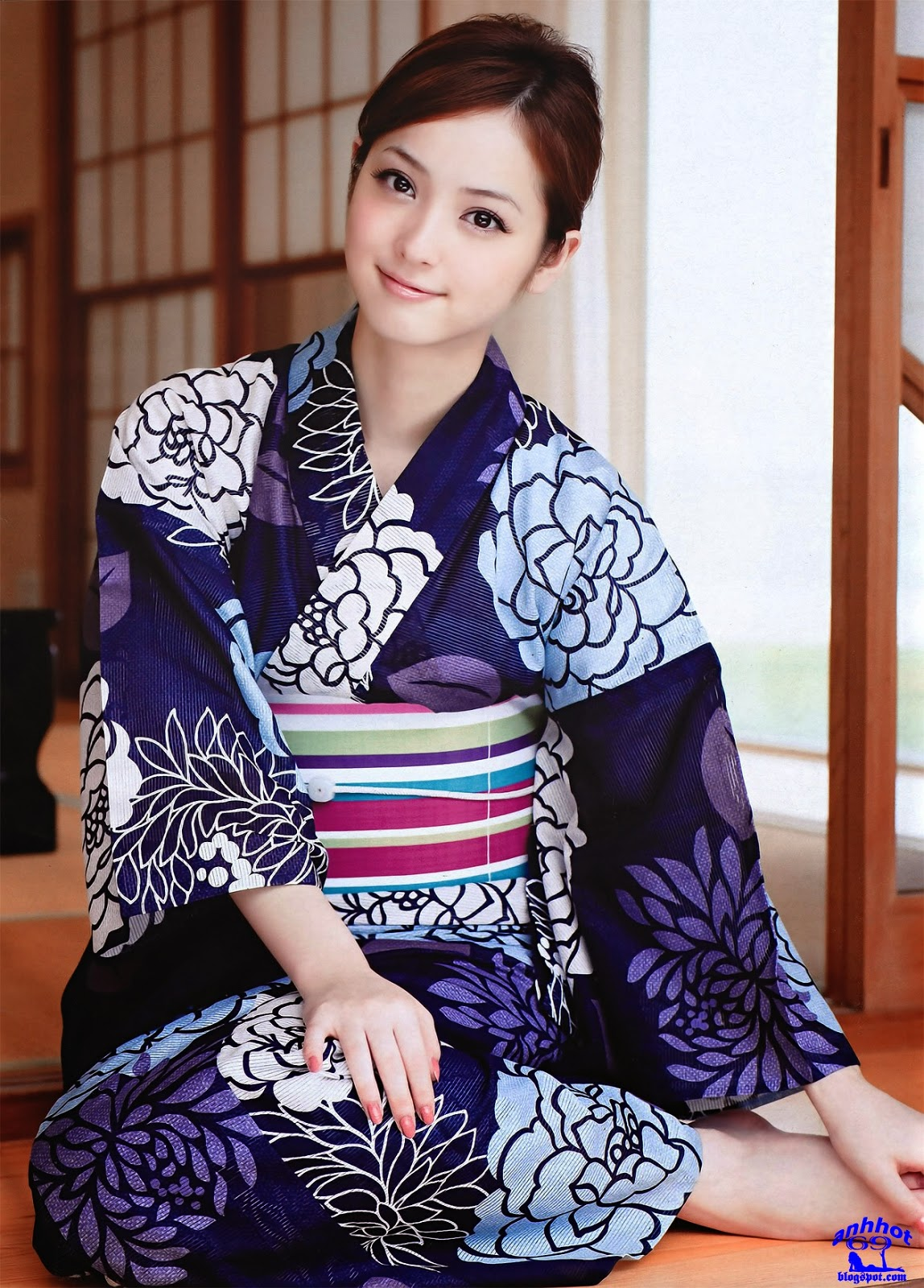 nozomi-sasaki-01291070