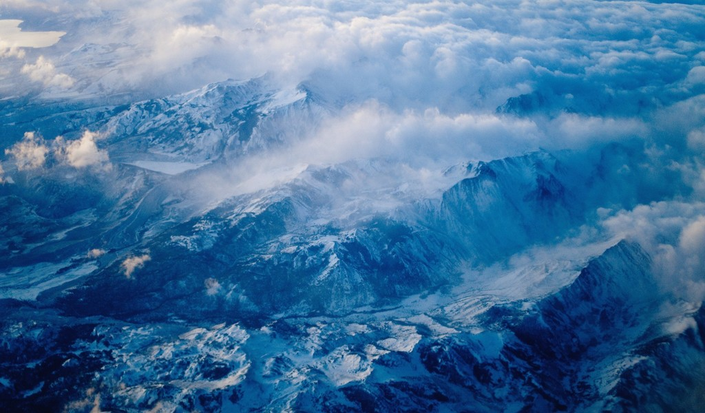 free windows background wallpaper. Free Ice Mountain Wallpaper