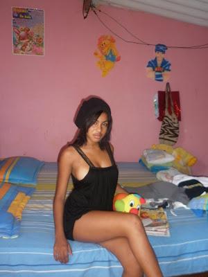 jeune francaise noire