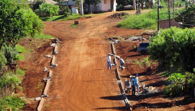 Roncador: Prefeitura inicia segunda etapa do calçamento no Jardim Anchieta