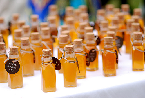 Hudson valley green meant to bee using honey as sweet for Honey bee wedding favors