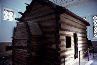 Lincoln birthplace log cabin