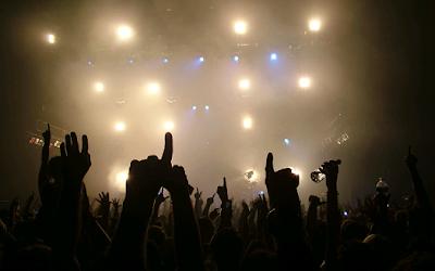 10 clases de personas que no quisieras encontrar en un concierto