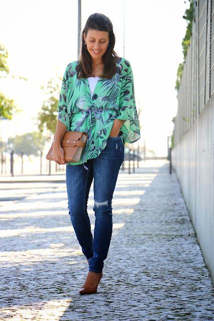 http://2.bp.blogspot.com/-OuzwBDheSEc/VCnl2aGjHuI/AAAAAAAA24A/ZAS7ELWJZPo/s1600/Kimono_handmadekimono_Jeans_Camel%2Bstiletto_Camel%2Bbag_diy_streetstyle%2B(15).jpg