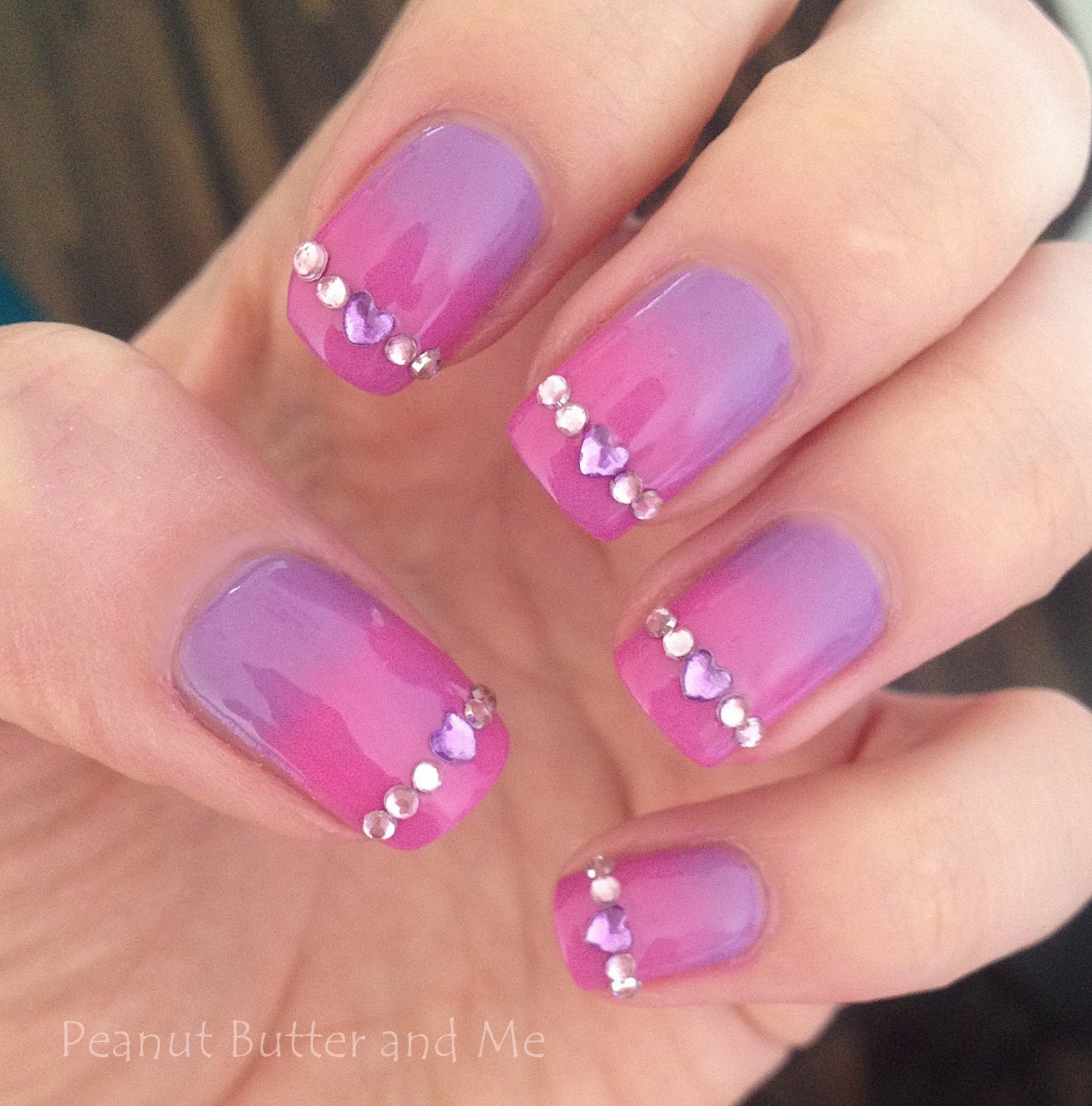 Gradient Aurora Nails polish pink purple