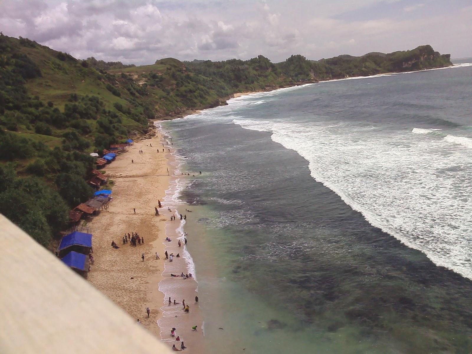 Nekat Traveler, Pantai Nampu Istimewa