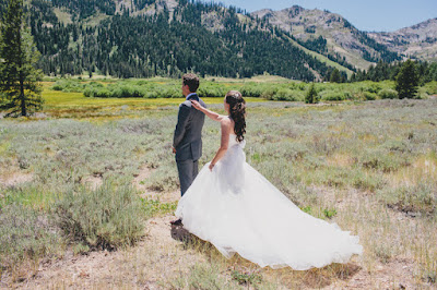 Wedding first look photo l Gatekeeper's Museum Tahoe l Sun + Life Photo l Johnny B Video l Take the Cake Event Planning