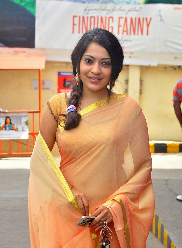 Vijay TV Anchor Ramya Spicy Navel Stills