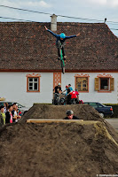 Dirt Jump No Hands Harman contest