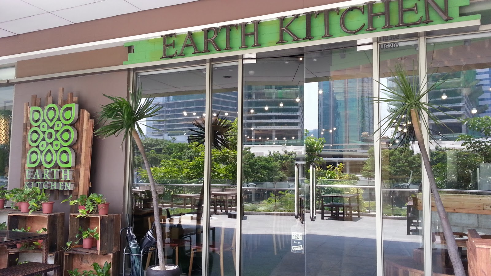The Philippine Beat The Earth Kitchen Is Now In Bonifacio