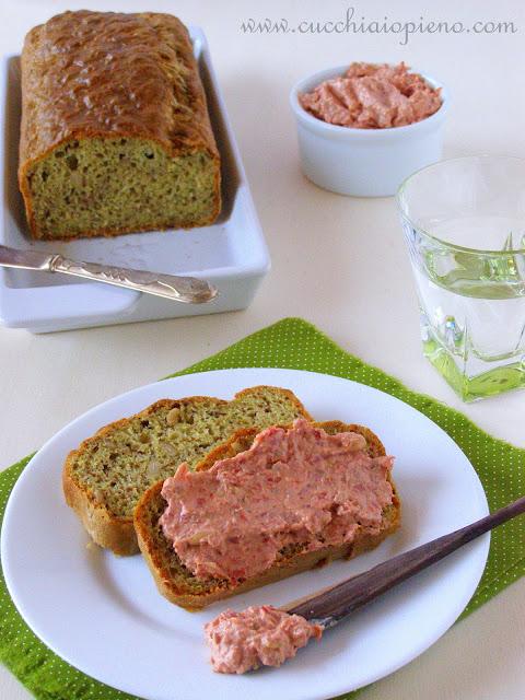 Delicioso bolo salgado, ótimo como prato único acompanhado de uma saladinha!